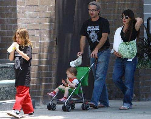 Dermot Mulroney with daughter and wife