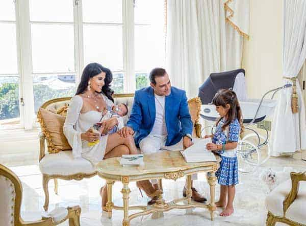 Manny Khoshbin's happy family with wife, son and daughter