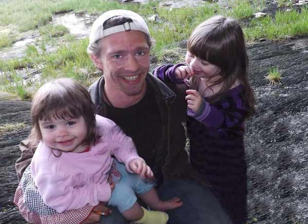 Cute picture of Matt Brown from 'Alaskan Bush People' and two children