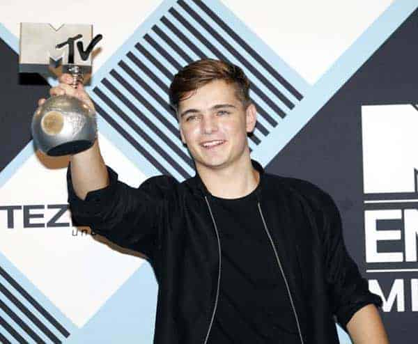 Martin Garrix wins the award title for 'Best Electronic MTV EMA' in 2015
