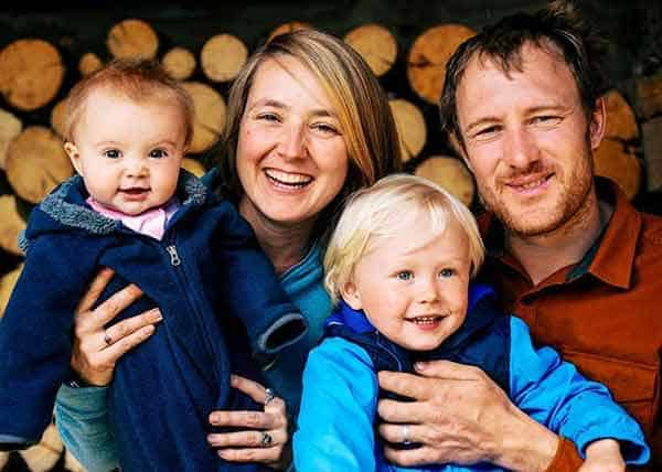 Eivin Kilcher picture with his beautiful family