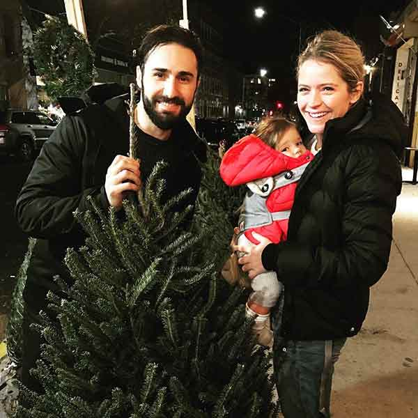 Adorable picture of Max Shifrin with his wife Sara Haines and first child Alec