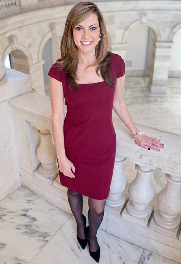 Lisa Boothe full body picture