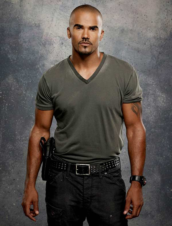 """Handsome Shemar Moore detective looks in series """"Criminal Minds"""""""