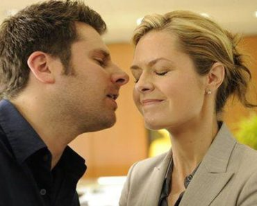 Maggie Lawson and James Roday