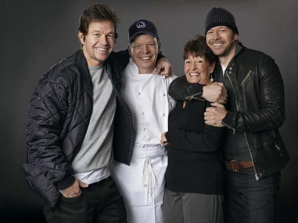 Image of Alma Wahlberg with her sons