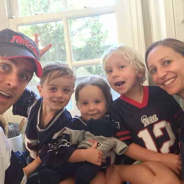 Image of Joey McIntyre Family, his wife and children.