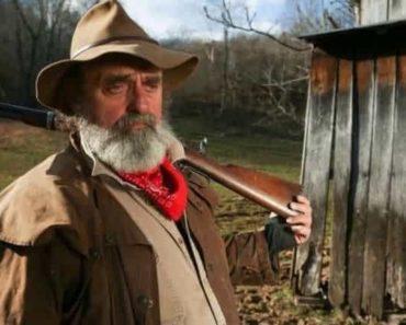 """John """"Trapper"""" wiki-bio, net worth, age, wiki-bio, dead or alive."""