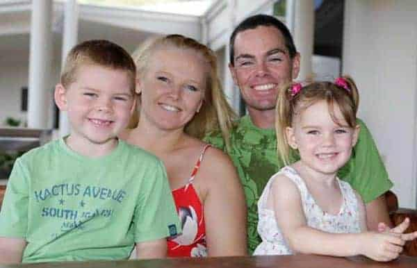Image of Criag Lowndes with his wife Lara McDonald and their kids