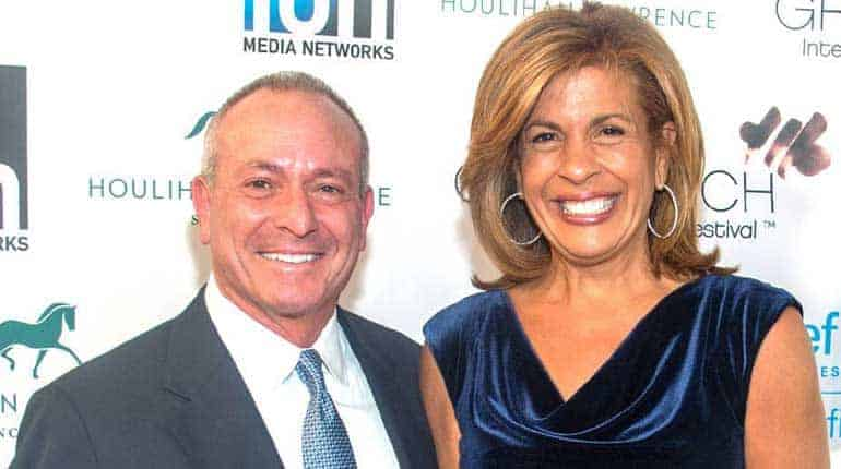 Image of Joel Schiffman Net Worth, Salary, Height, First Wife, Daughter, Age.
