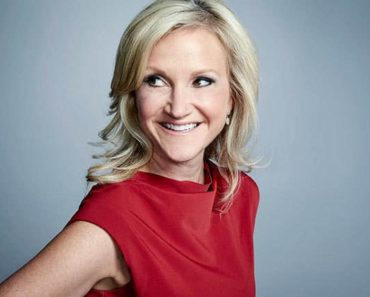 Image of Mel Robbins Is Married To Husband Christopher Robbins. Her Net Worth, Salary, Age.