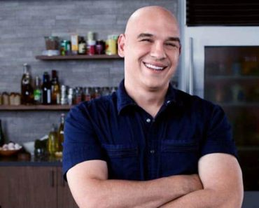 Image of Know Michael Symon's wife, Liz Shanahan. Know his net worth