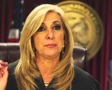 Image of Patricia DiMango Married to Husband? Her Salary revealed