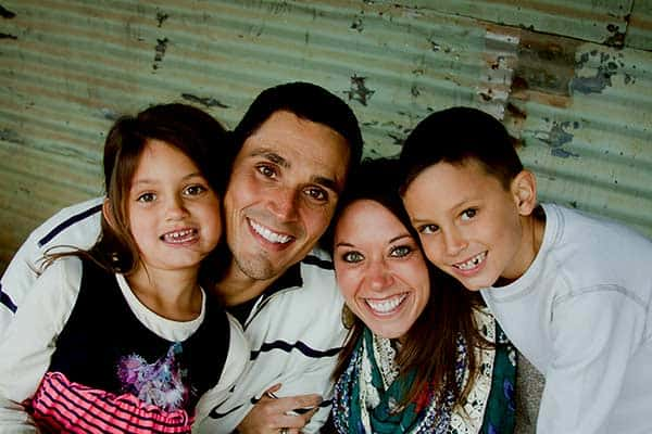 Image of David Pollack with his wife Lindsey Pollack and their kids