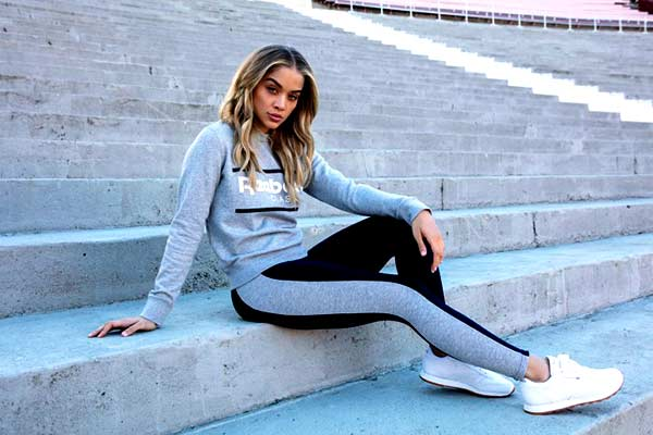 Image of Actor Jasmine Sanders height is 5 feet and 7inches.