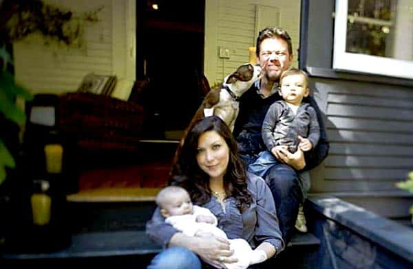 Image of Chef Tyler Florence with his wife Tolan Clark and their kids