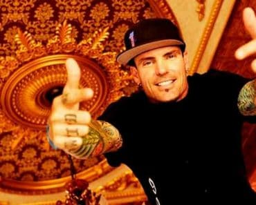 Image of Rapper Vanilla Ice Net Worth, House, Age, Height.