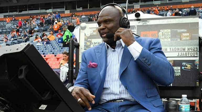 Image of Booger McFarland Net Worth, Salary, Wife Tammie McFarland, Family.