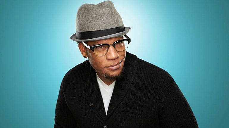 Image of DL Hughley: Net Worth, Salary, Wife, Age, Wiki-Bio.