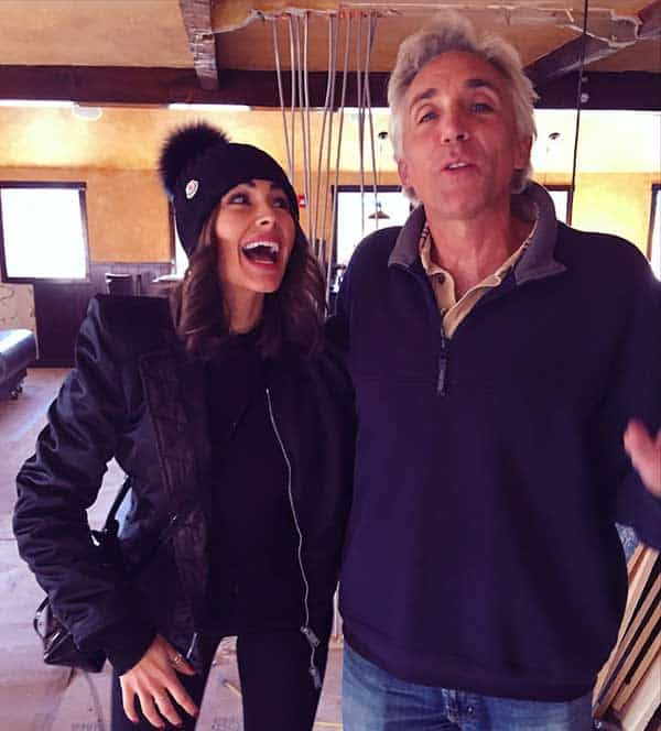 Image of Olivia Culpo with her father Peter Culpo
