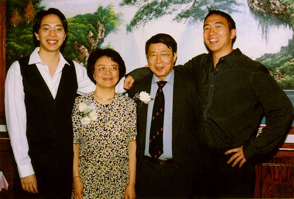 Image of Andrew Yang parents and with his brother