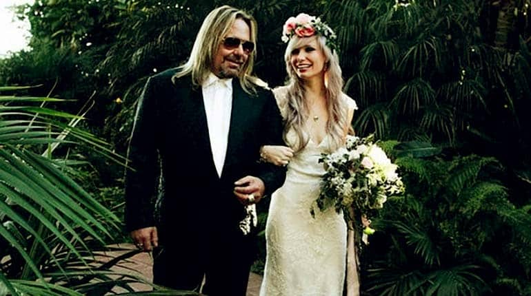 Image of Elizabeth Ashley Wharton Wiki-Biography of Vince Neil's Daughter.